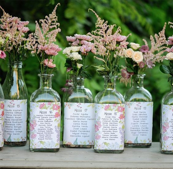Seating plan botellas y flores